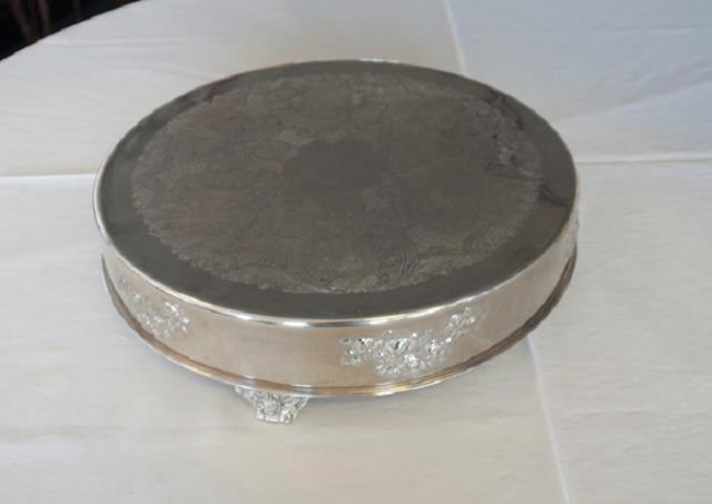 Where to find 18  ROUND SILVER ROSE FOOTED CAKE STAND in Murfreesboro