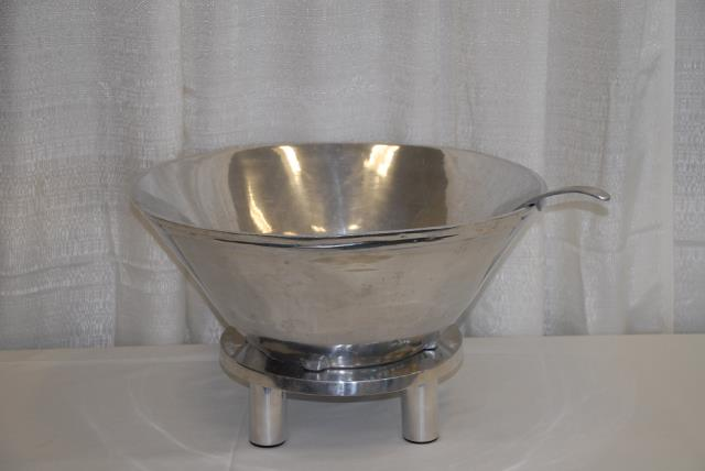 Rent Beverage Punch Bowl And Ladle